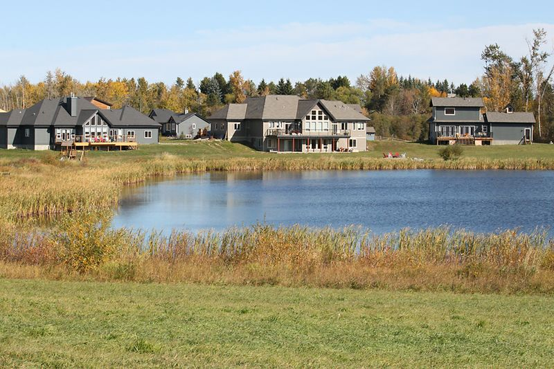 Homeowners enjoy views of Loon Lake